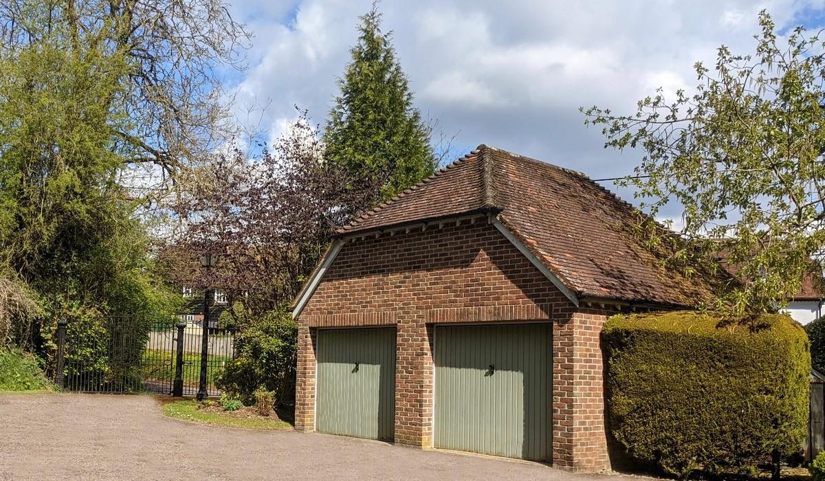 Tamar Cottage Private Entrance and Garage